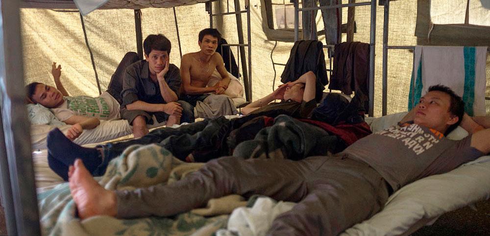 800 000 мигрантов живут в России в нечеловеческих условиях