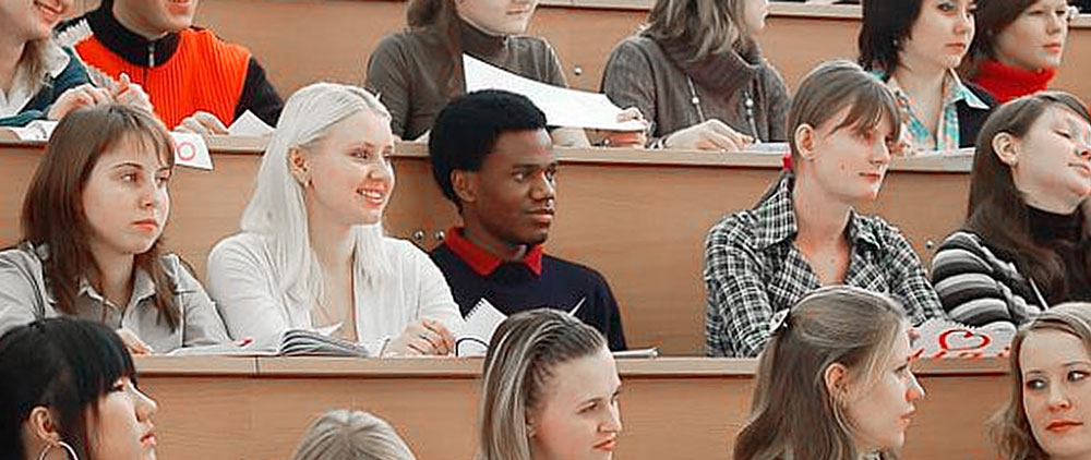 Проект, дающий право иностранным студентам подрабатывать в РФ